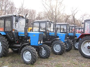 Kuplyu-traktor-MTZ
