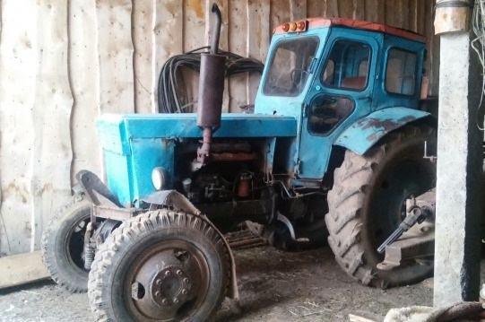 Traktor-T-40
