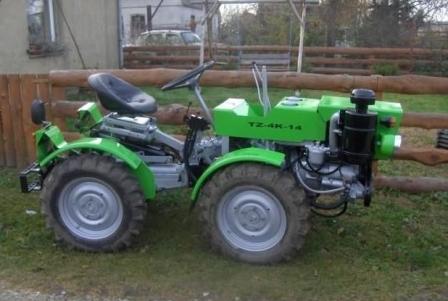 kakoi-mini-traktor-vibrat-dlya-dachi-novii-i-nadejnii-ili-je-poderjannii-no-nedorogoi