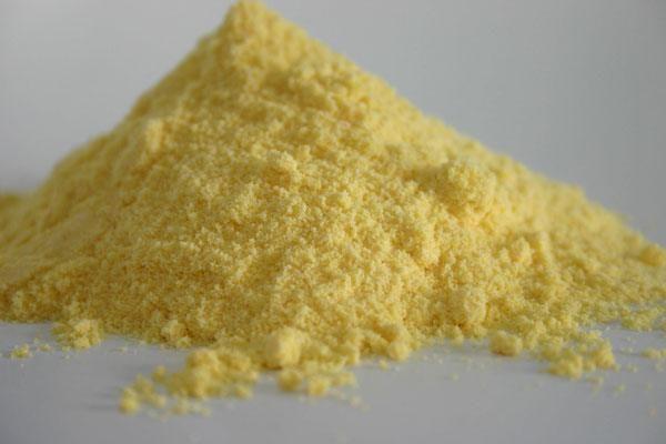 Kukuruza-ekstrudirovannaya