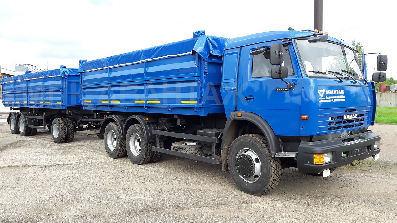 kamaz-65115-selhoznik-zernovoz-s-pritsepom1