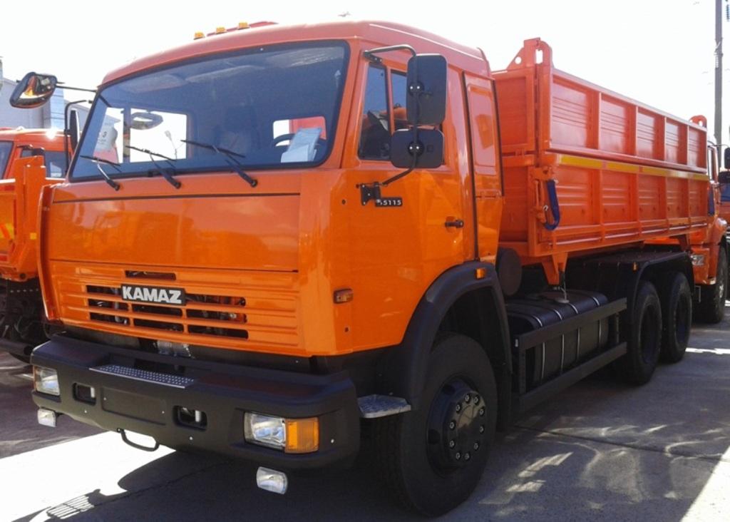 samosval-KAMAZ-45143-12-15-selhoznik-zernovoz