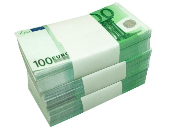 100-Euro-pile1